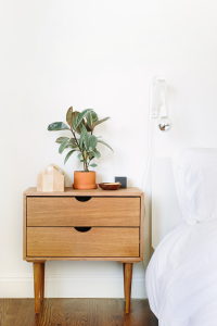 Organizing a guest bedroom
