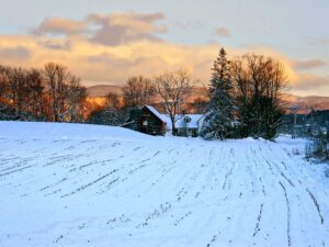 How to Plan a Winter Getaway While Staying Safe During COVID-19
